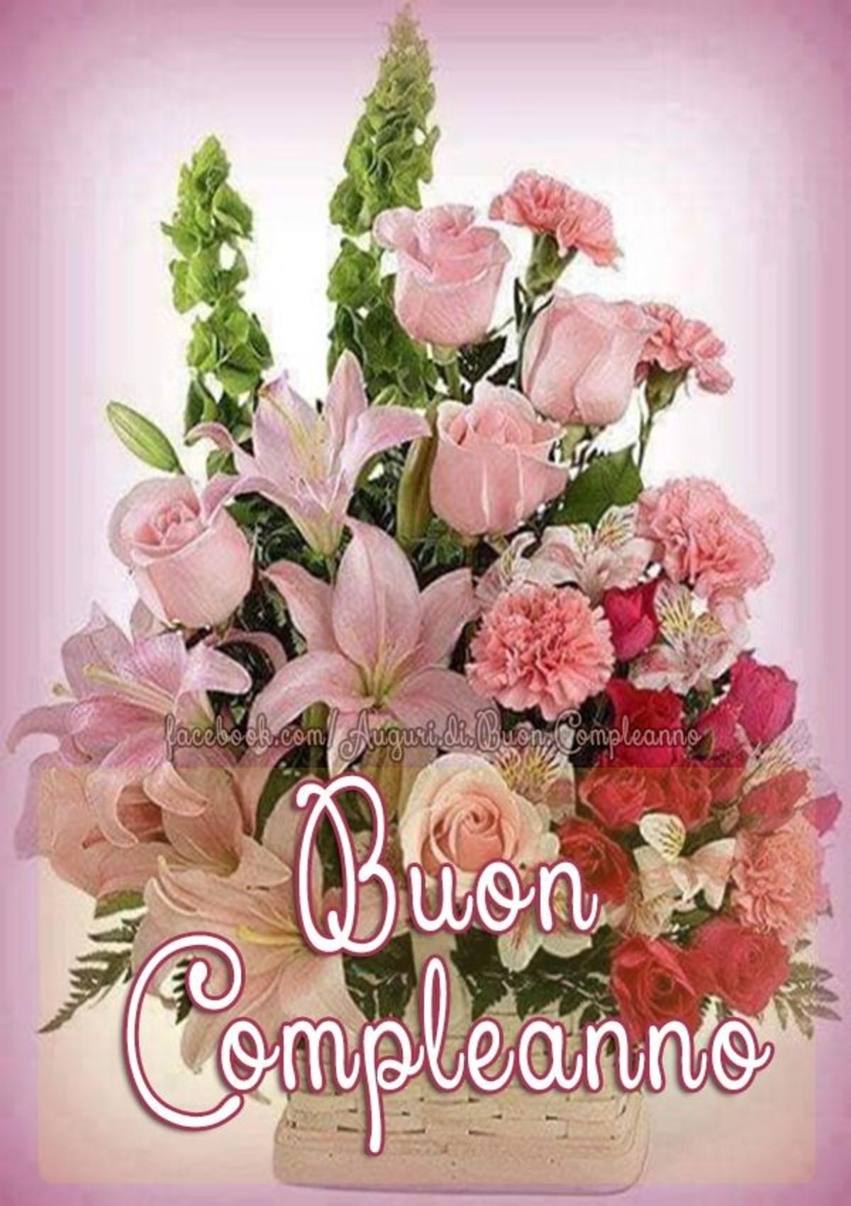Buon Compleanno Con Bei Fiori Buongiornoate It
