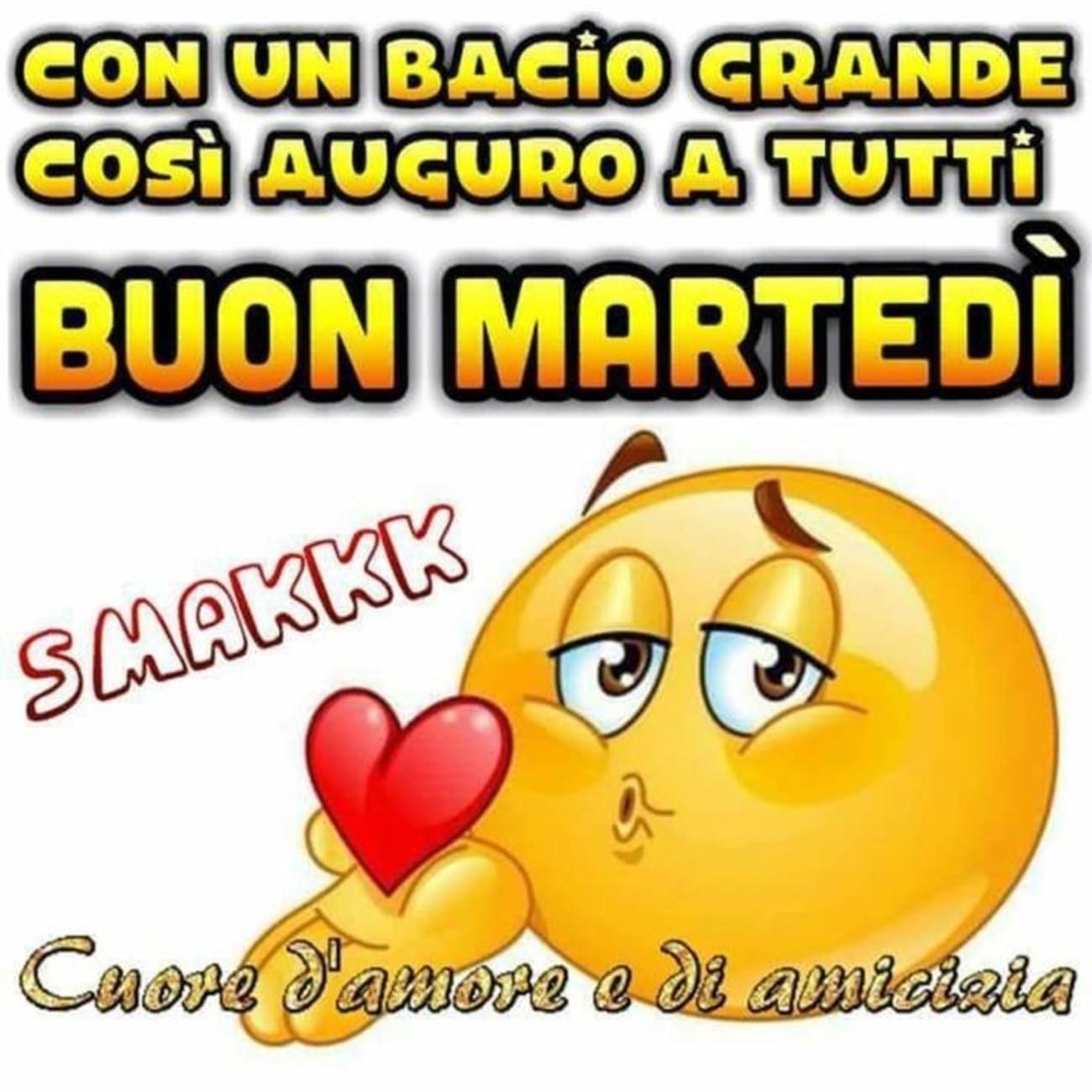 Buon Martedi D Amore E D Amicizia Buongiornoate It